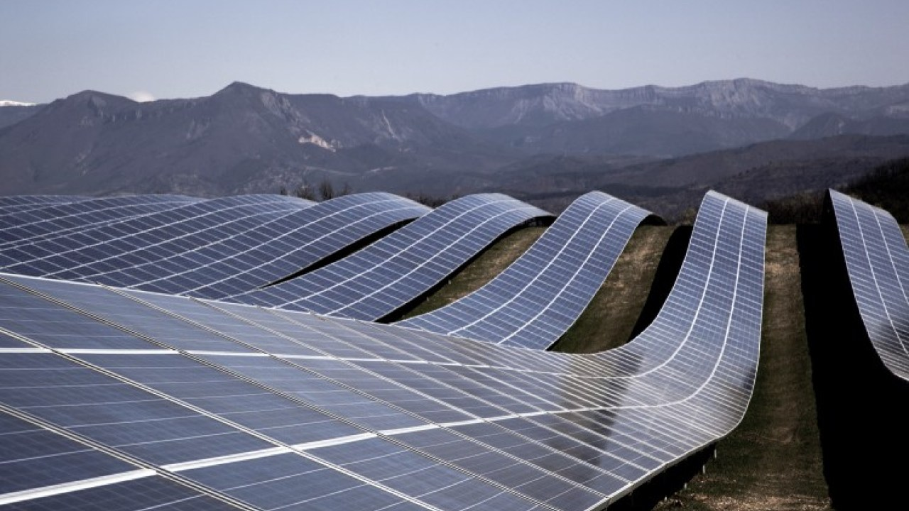 Forget coal, solar will soon be cheaper than natural gas power